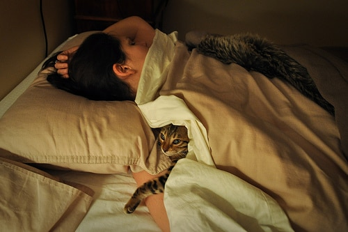 sleeping_with_cat